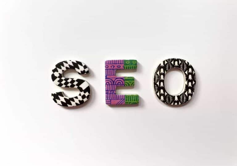 letters spelling SEO